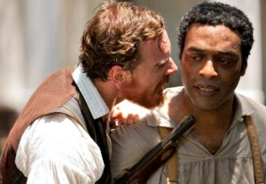 Chiwetel Ejiofor and Michael Fassbender in Twelve years a Slave